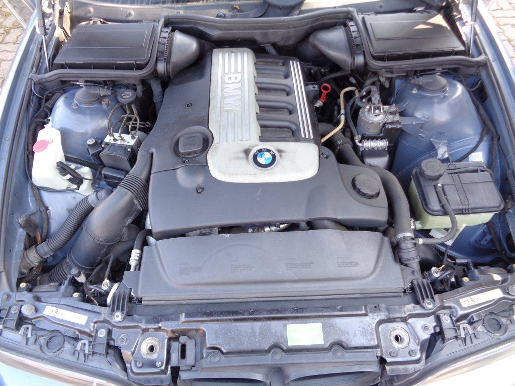 Дизельный двигатель  бмв е60